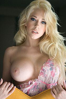Angelic Kagney Linn Karter