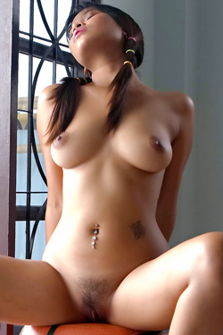 Young Thai Babe In Casting